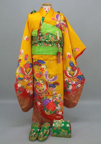 七五三 祝着 黄色地:桜の花づくしの衣装画像1