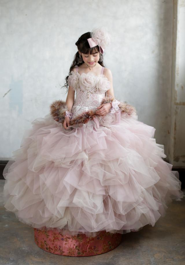 2017新作ドレスの衣装画像1