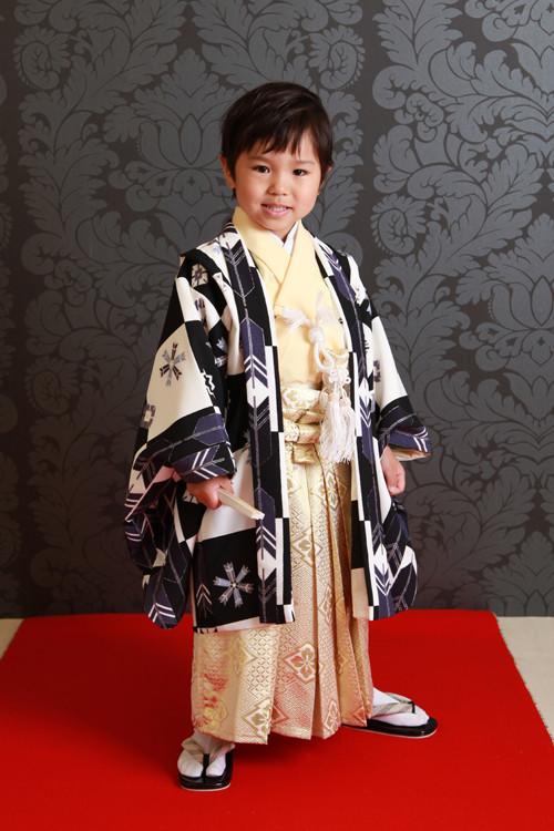 羽織袴セットの衣装画像1