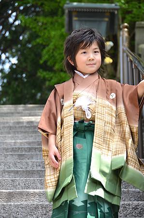 ぼかしに格子男児祝着の衣装画像1