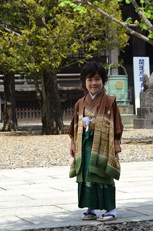 ぼかしに格子男児祝着の衣装画像2