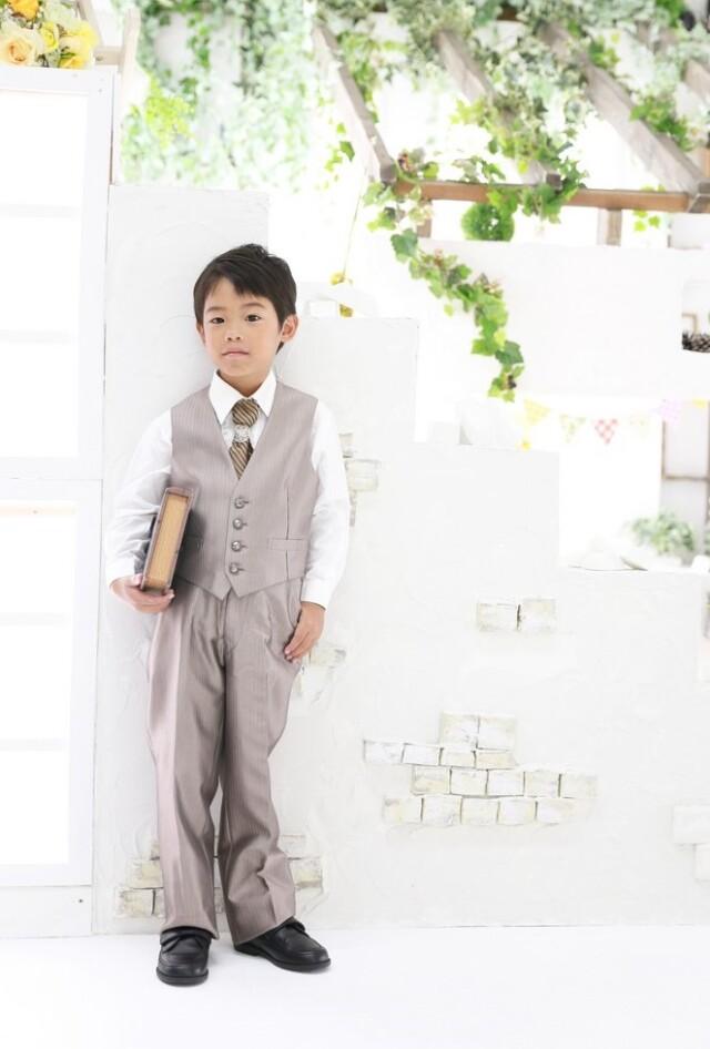 ベージュ / タキシードの衣装画像1