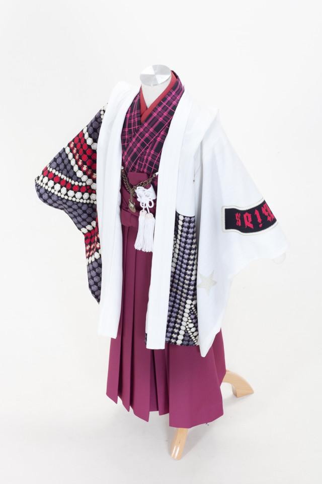 ロックテイストのおしゃれな着物の衣装画像1
