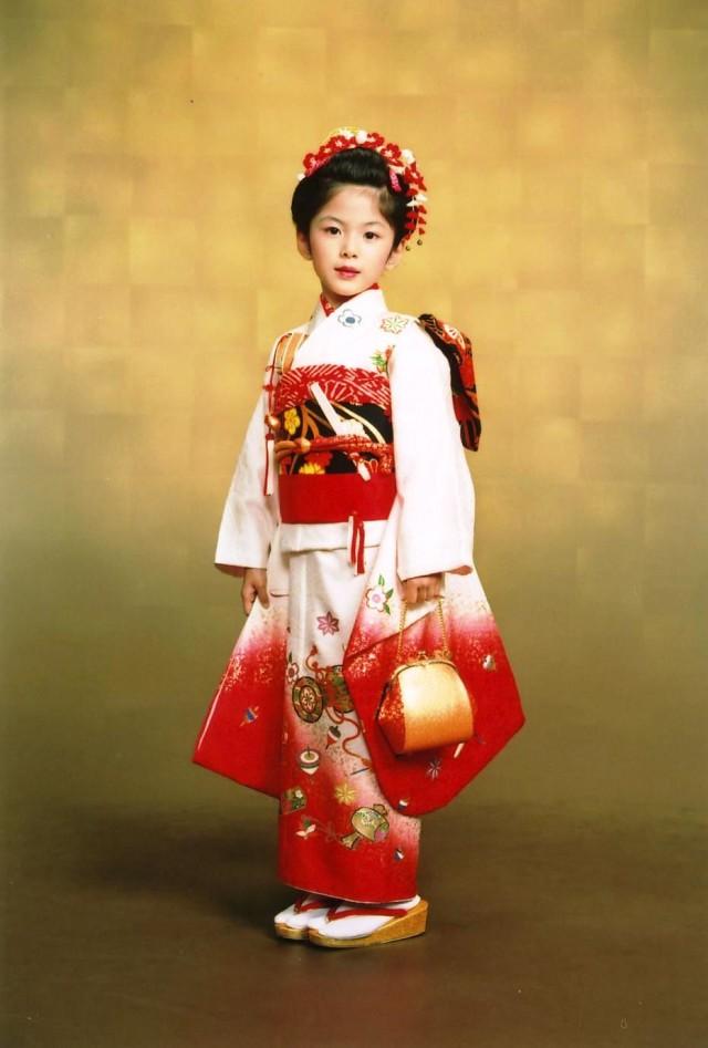 七歳祝着の衣装画像1