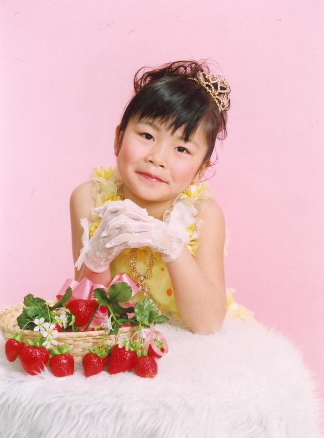 七歳・三歳プチドレスの衣装画像1