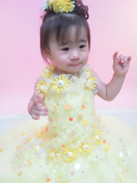 七歳・三歳プチドレスの衣装画像2