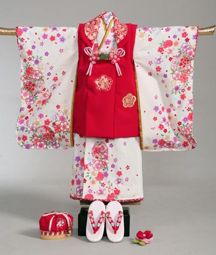 七五三3歳レンタルパック(ヘアメイク着付け付き)8400円~の衣装画像1