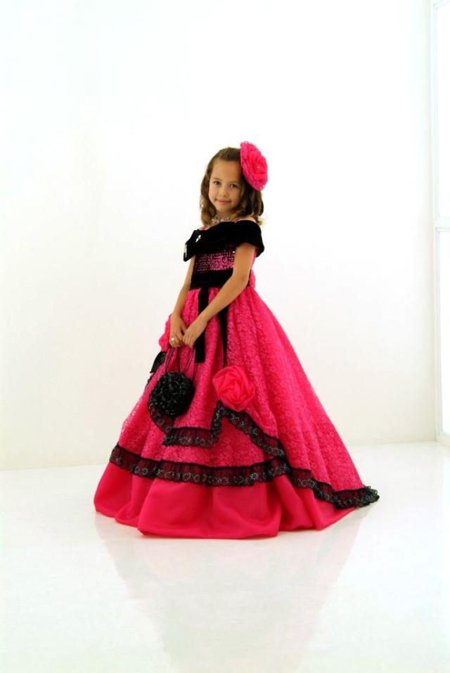 撮影用ドレスの衣装画像1