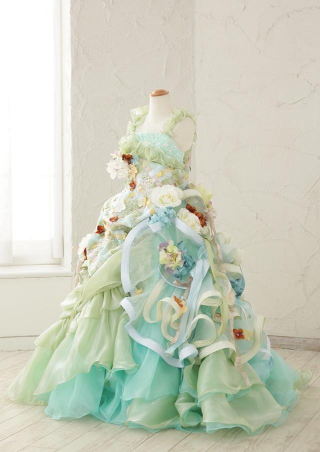 7歳様グリーンドレスの衣装画像1
