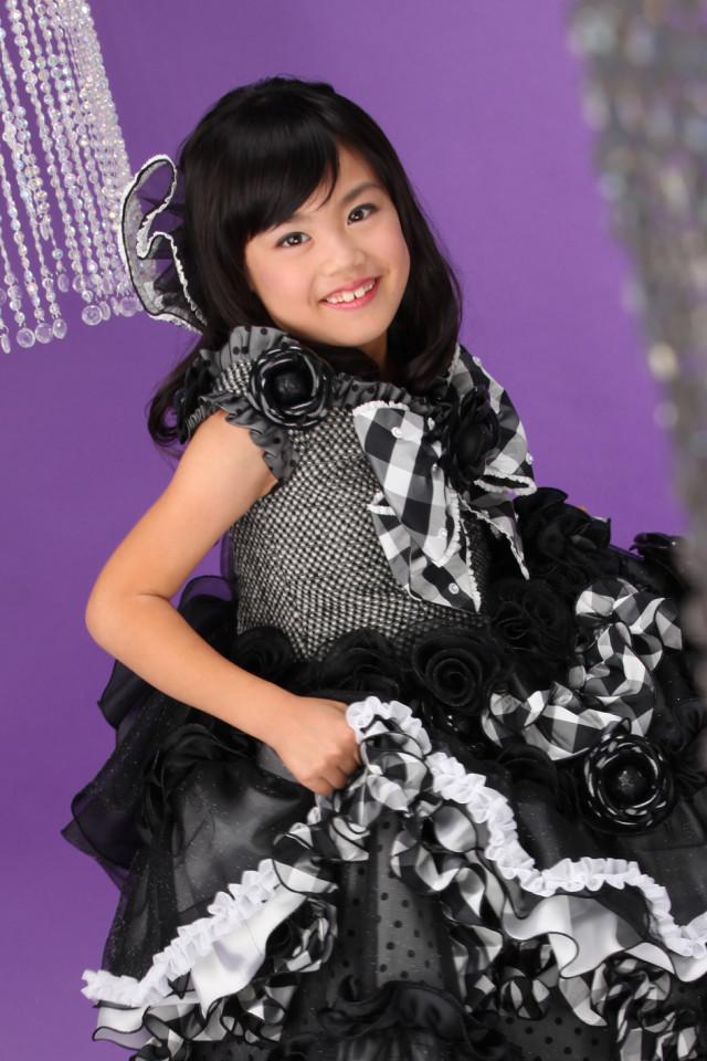 6-7歳ブラックドレスの衣装画像1
