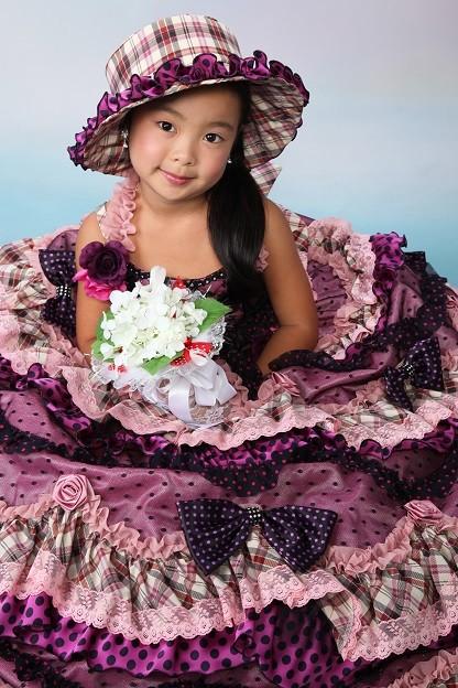 パープルレースドレスの衣装画像1