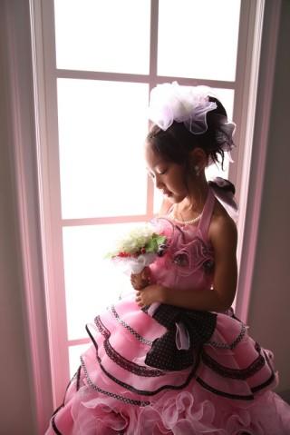 No.1086 ピンク×ブラックのふわふわ花ドレス