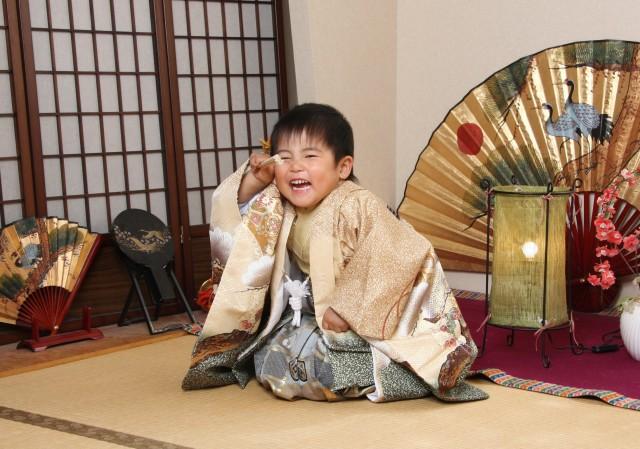 5歳男の子 和室での撮影の衣装画像1
