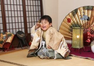No.1010 5歳男の子 和室での撮影