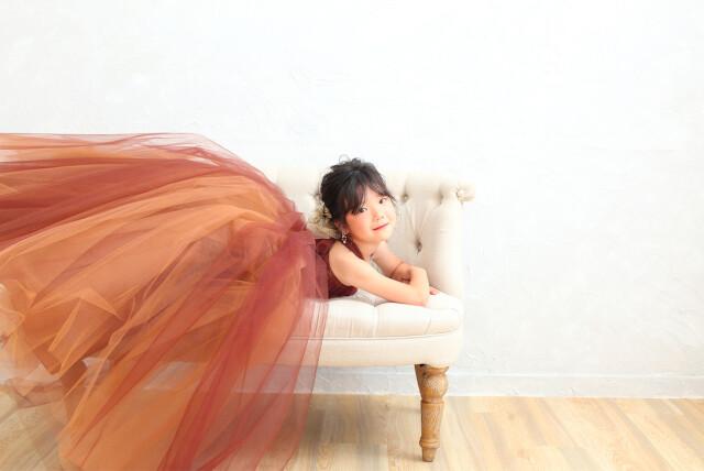 2021年新作7歳女の子ブラウンドレスの衣装画像3