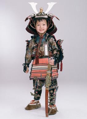 鎧兜の衣装画像1