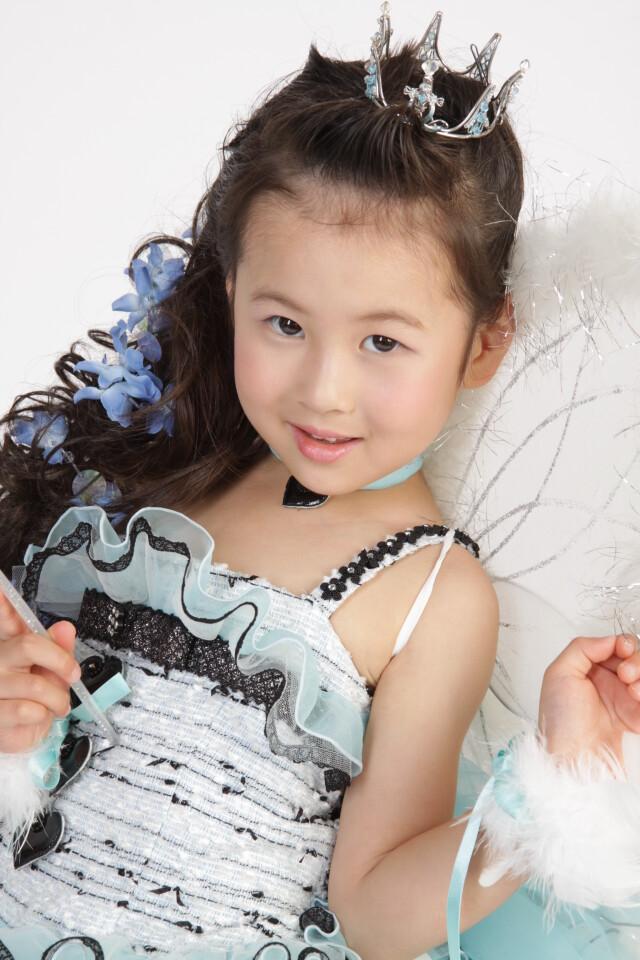 ブランドドレスの衣装画像2