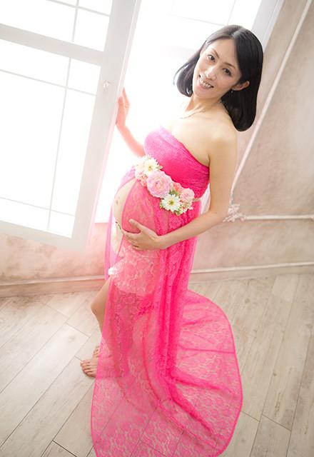 マタニティドレス ビビットピンクの衣装画像1