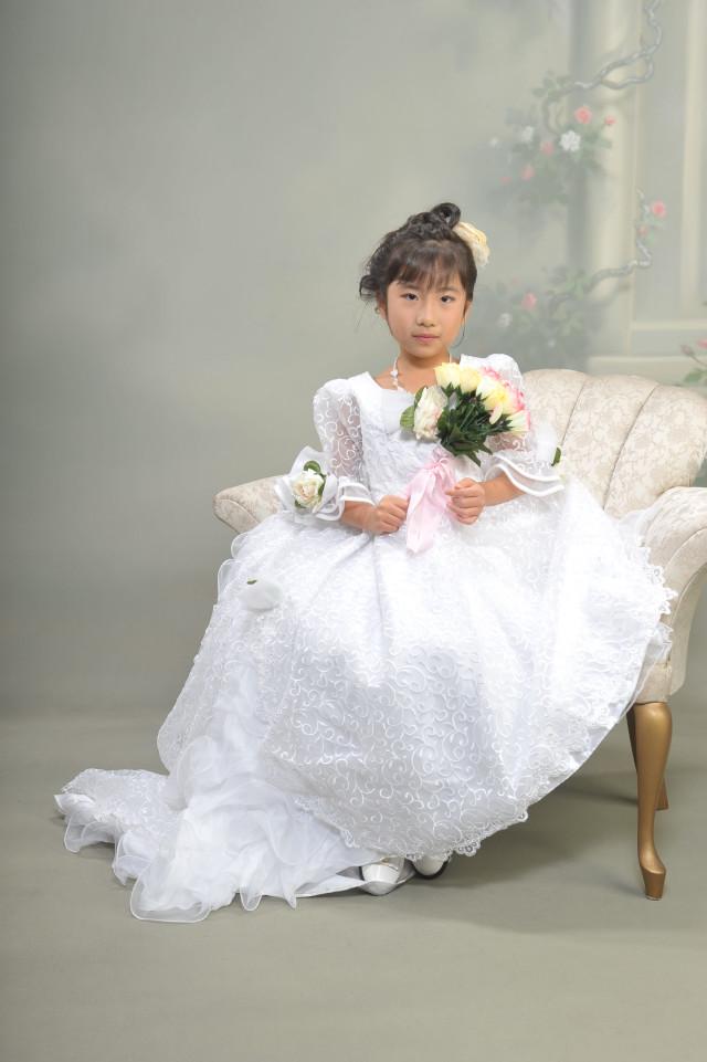 ドレス(白)の衣装画像1
