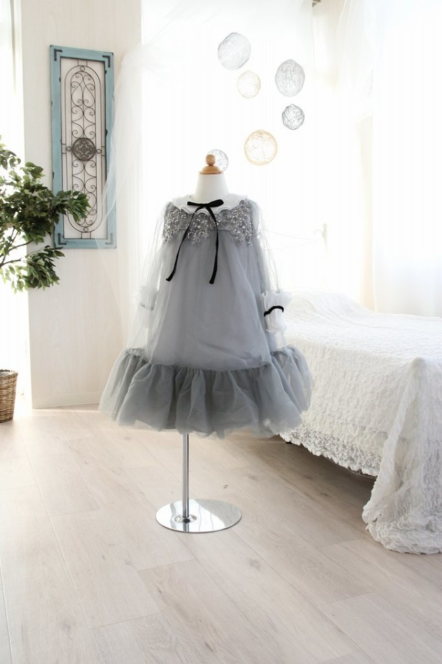 洋装の衣装画像1