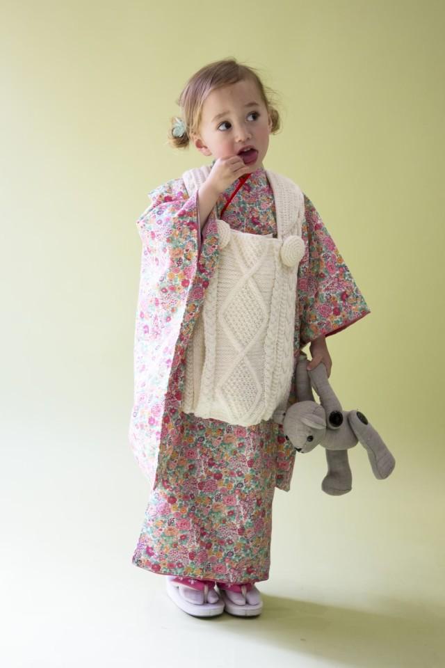 オリジナルリバティ生地使用 3歳キモノ EMMAの衣装画像1