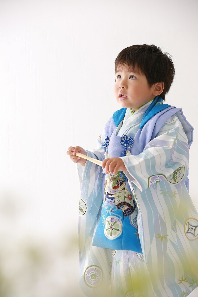 3歳男の子・7歳女の子の衣装画像2