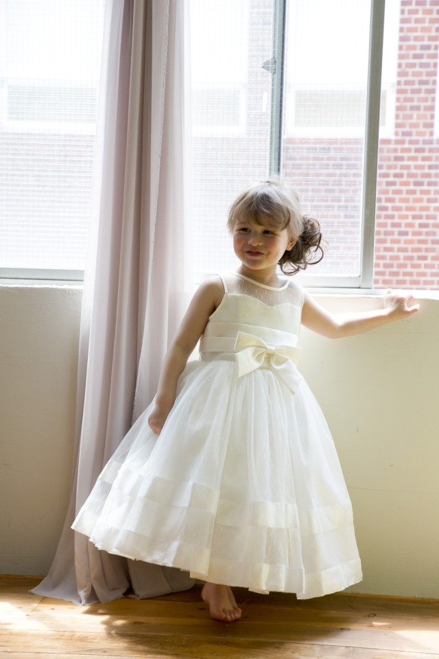 オリジナル7歳ドレス EMMAの衣装画像1
