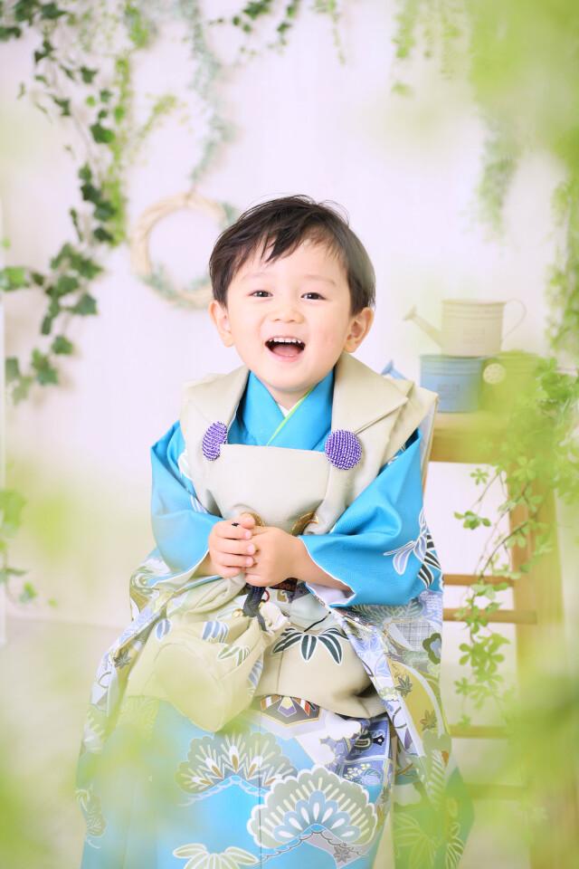 3歳男の子:ベージュ被布の衣装画像3